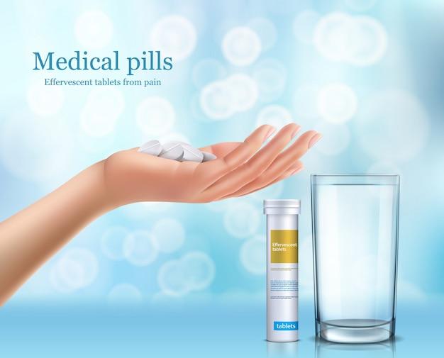 Sround tabletten in een glas water, cilindrische container en menselijke hand. Gratis Vector