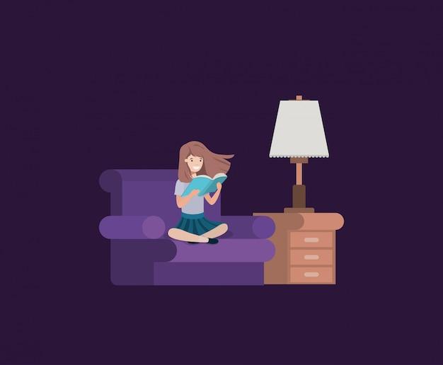 Student meisje leesboek in de woonkamer Premium Vector