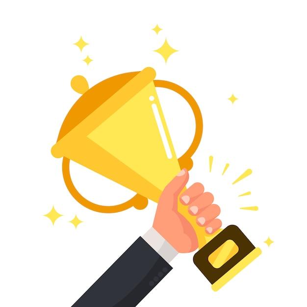 Succesvolle concurrerende winnaar die gouden kop in hand houdt. Premium Vector