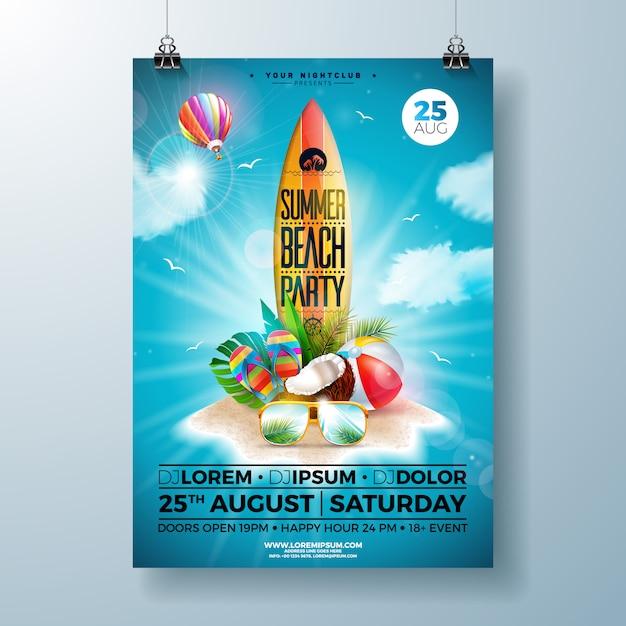 Summer beach party flyer of poster sjabloonontwerp met bloem, strandbal en surfplank Premium Vector