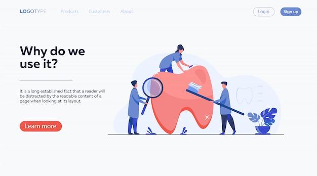 Team van tandartsen die tanden verzorgen Gratis Vector