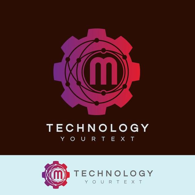 Technologie eerste letter m logo ontwerp Premium Vector
