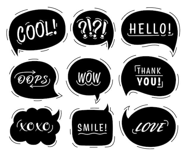 Tekstballon set met conversatie zinnen en woorden in geïsoleerde Premium Vector