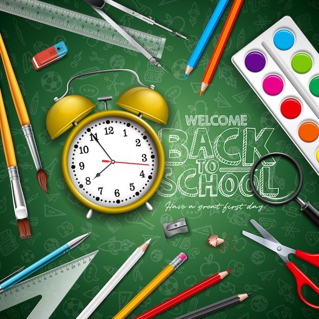 Terug naar school belettering met gele wekker en typografie op groen schoolbord Premium Vector