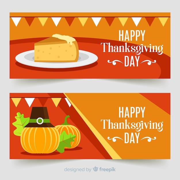 Thanksgiving daybanner die met pompoenen en pastei wordt geplaatst Gratis Vector