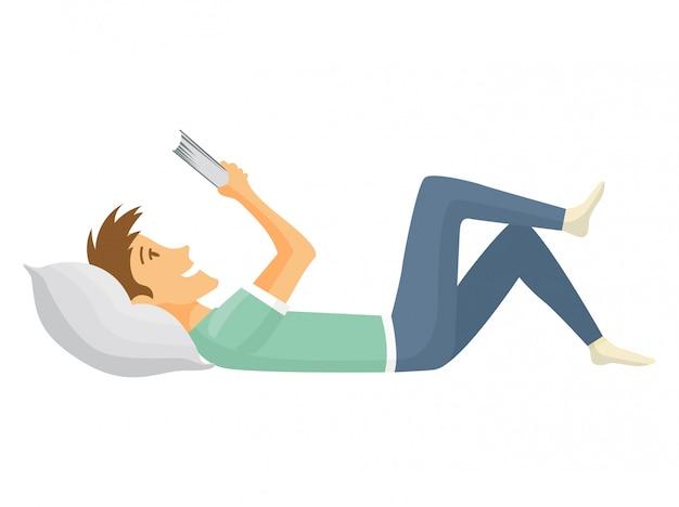 Thuis vrije tijd. jongen liegen en boek lezen. jonge mensen vrije tijd. thuis blijven Premium Vector