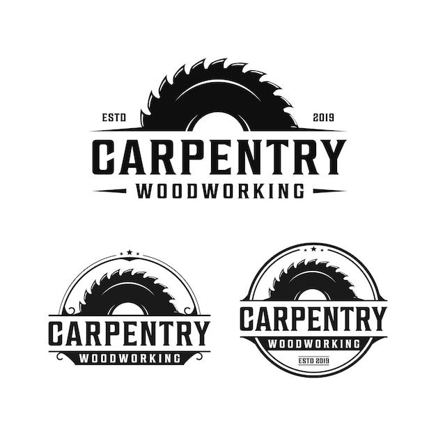 Timmerwerk, houtbewerking retro vintage logo-ontwerp. zaagmolen / zaaglogo Premium Vector