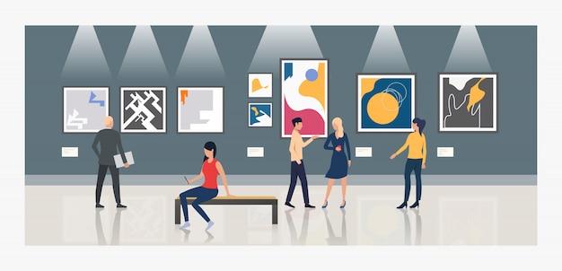 Toeristen die schilderijen in kunstgallerijillustratie bekijken Gratis Vector
