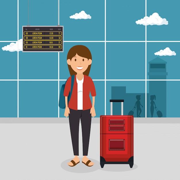 Toeristische vrouw met koffer op de luchthaven Gratis Vector