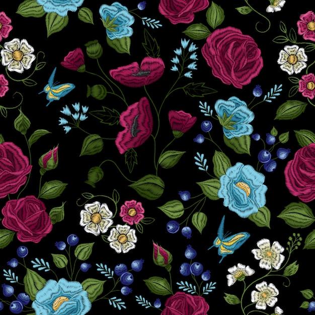 Traditionele bloemen folk stijl borduurwerk naadloze patroon Gratis Vector