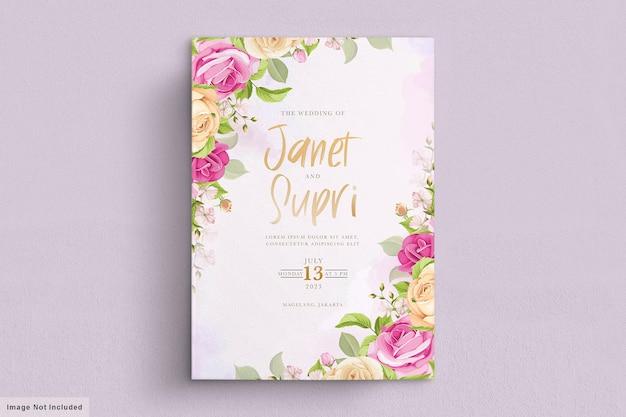 Trouwkaart met zachtroze rozen Gratis Vector
