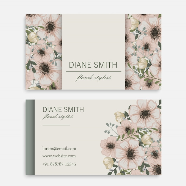 Uitstekend adreskaartje met bloemen en bessen Gratis Vector