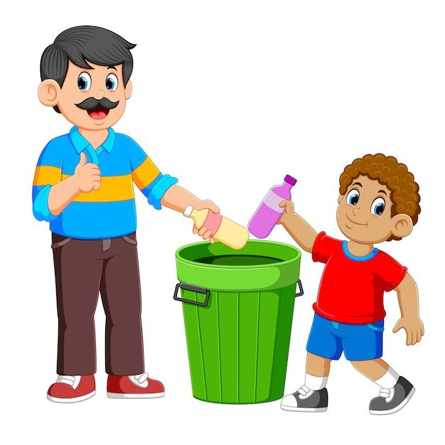 Vader en zijn zoon die de plastic fles van vuilnis verzamelen Premium Vector