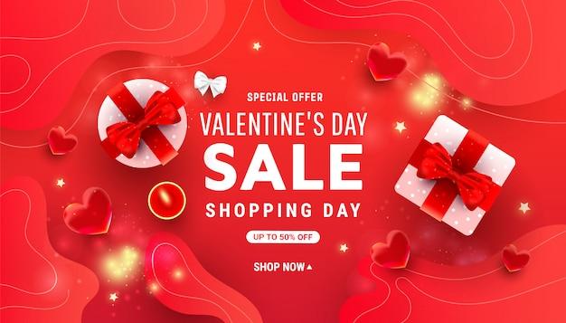 Valentijnsdag horizontaal met glanzende roze geschenkdozen, bel rood hart en confetti op rood met plaats voor tekst Premium Vector
