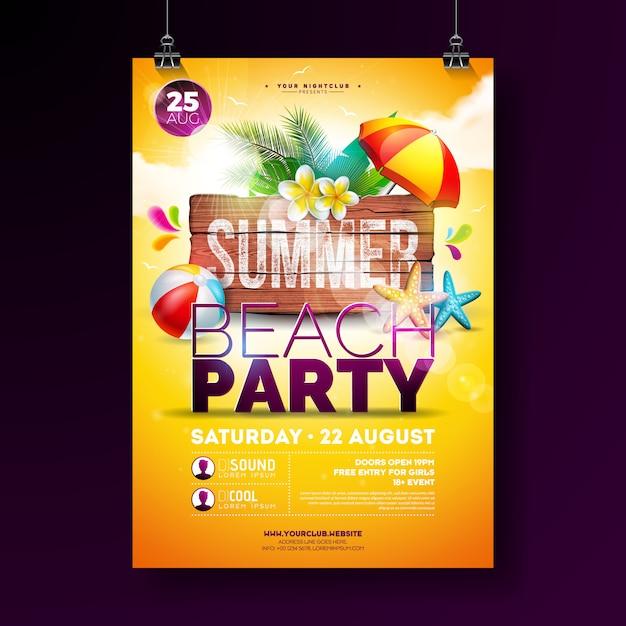 Vector zomer beach party flyer design met bloem, palmbladeren, strandbal en zeester op gele achtergrond. zomervakantie illustratie met vintage houten bord Gratis Vector