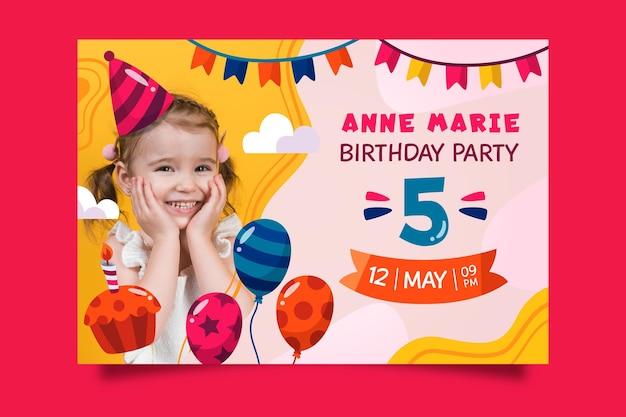 Verjaardag verjaardagsuitnodiging thema Gratis Vector