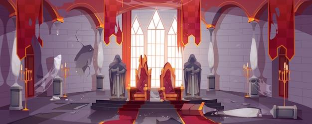 Verlaten middeleeuws kasteel met gouden koninklijke tronen Gratis Vector