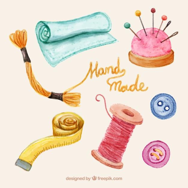 Verscheidenheid van het naaien van items in aquarel Gratis Vector