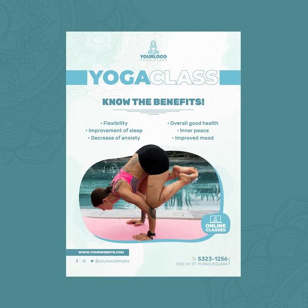 Verticale poster sjabloon voor yoga praktijk met vrouw Gratis Vector