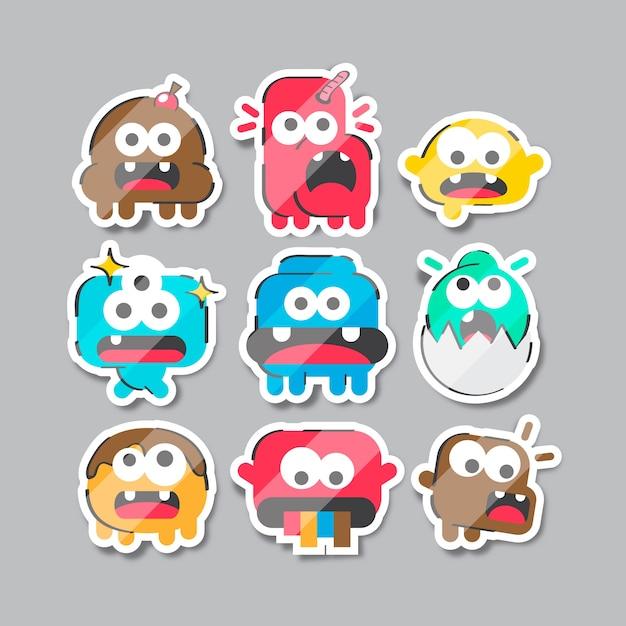 Verzameling van grappige stickers hand getrokken Gratis Vector