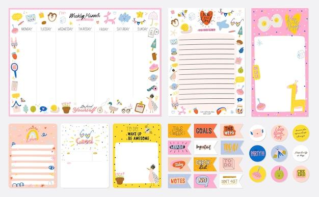 Verzameling van wekelijkse of dagelijkse planner, notitiepapier, takenlijst, stickersjablonen versierd met schattige kinderillustraties en inspirerende citaten. schoolplanner en organisator. vlak Premium Vector