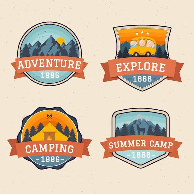 Vintage badges voor kamperen en avonturen Gratis Vector