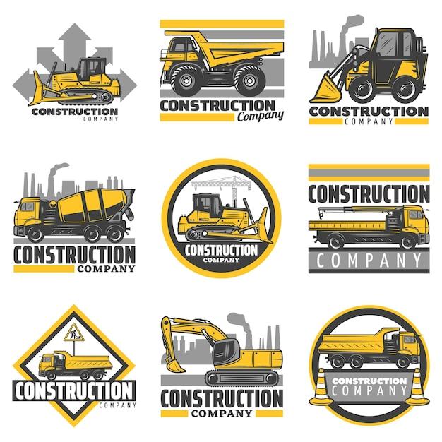 Vintage gekleurde bouwvoertuigen emblemen set met bulldozer graafmachine betonmixer dump bouwvrachtwagens geïsoleerd Gratis Vector