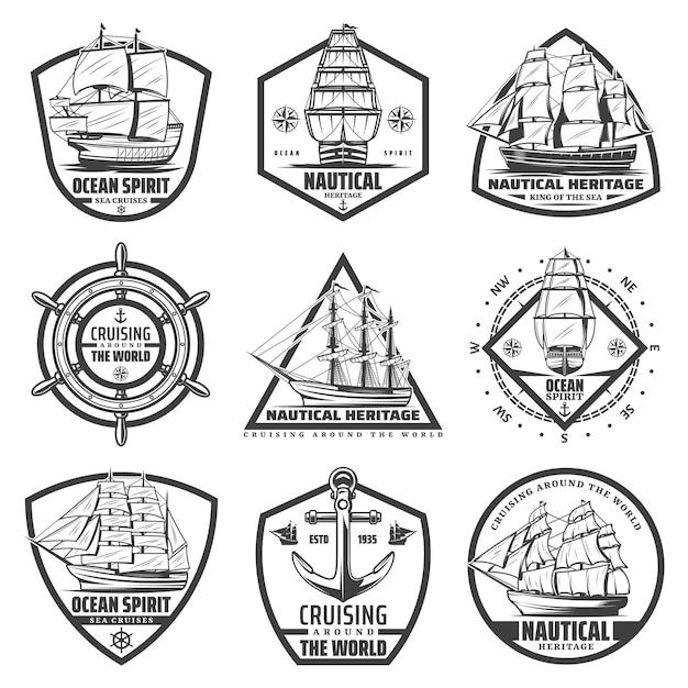 Vintage zwart-wit mariene labels set met schepen boten boten stuur Gratis Vector
