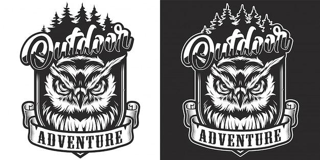 Vintage zwart-wit outdoor avontuur label Gratis Vector