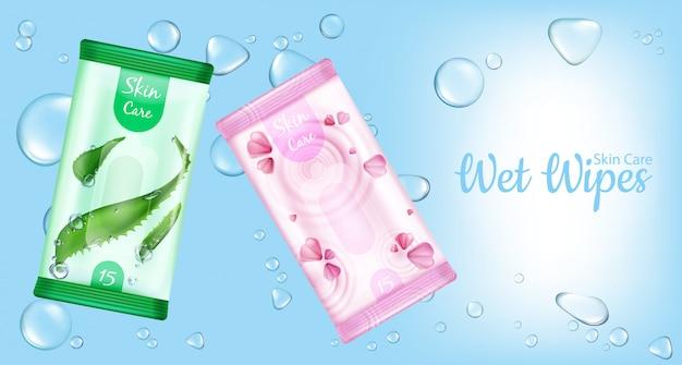 Vochtige doekjes voor huidverzorgingspakketten, bevochtigd cosmetische servettenproduct op blauw met waterdruppels. Gratis Vector