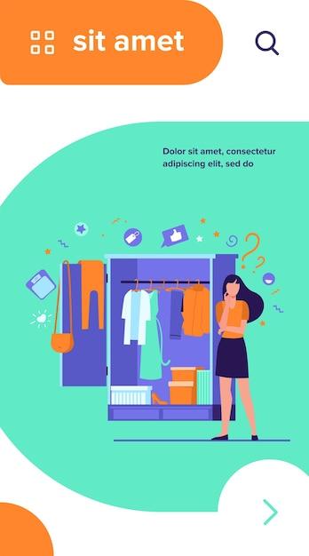Vrouw die zich bij open kleerkast bevindt en kleren kiest om te dragen Gratis Vector
