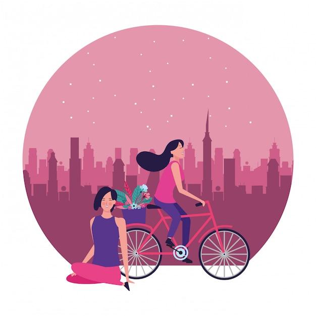 Vrouwen die fiets met bloem om illustratie berijden Premium Vector