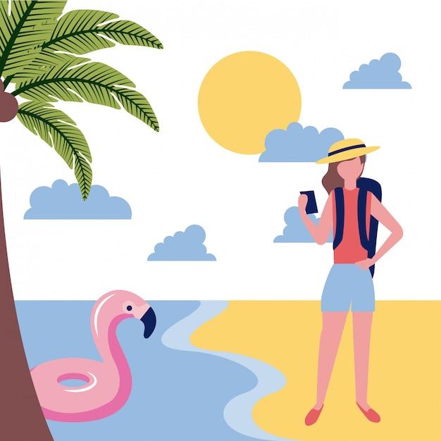 Vrouwentoerist in het strand Gratis Vector
