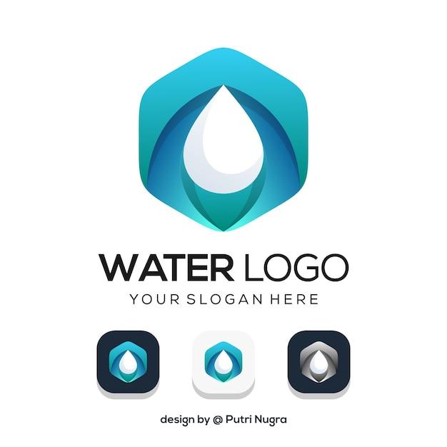 Water logo ontwerp geïsoleerd op wit Premium Vector