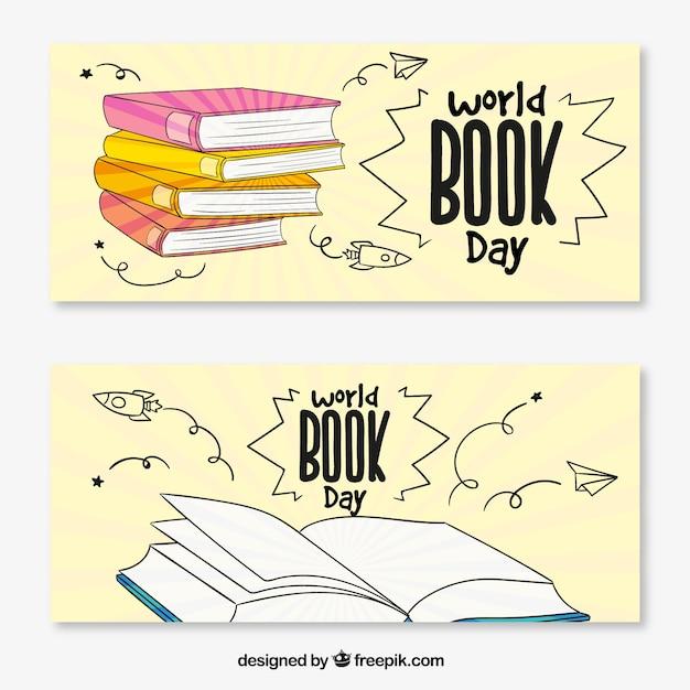 World Book Day banners met boeken in de hand getekende stijl Gratis Vector