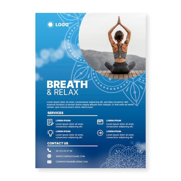 Yoga meditatie poster sjabloon Gratis Vector