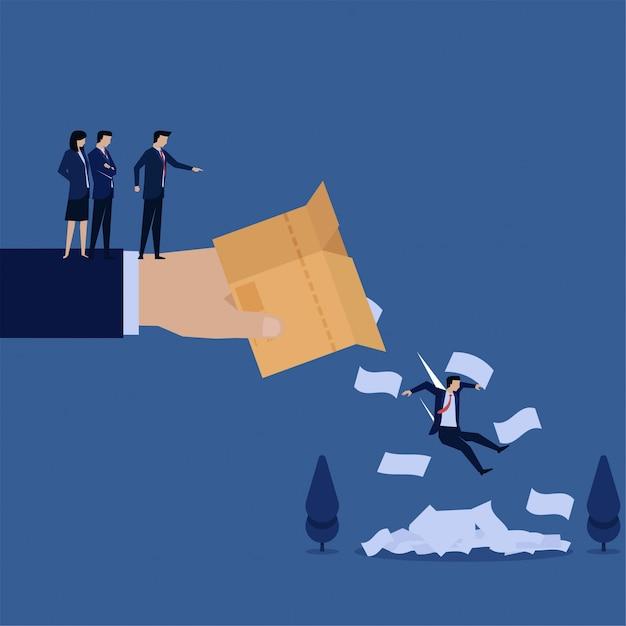 Zakelijke hand weggooien werknemer en papieren van vak metafoor van ontslagen. Premium Vector