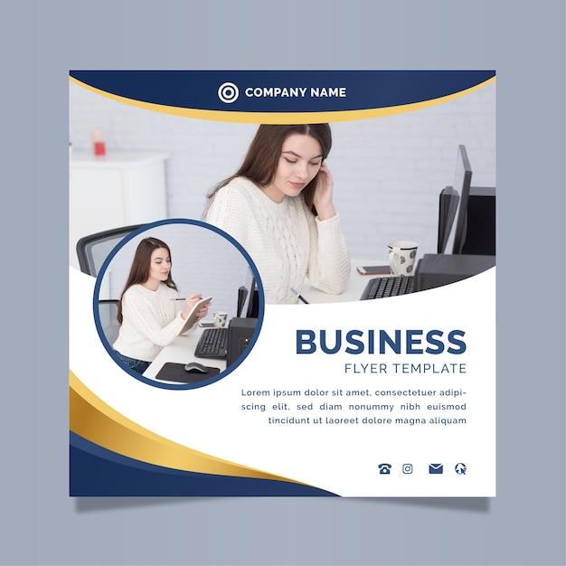 Zakelijke vierkante flyer-sjabloon met foto Premium Vector