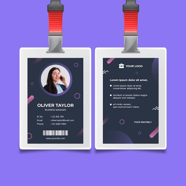 Zakelijke vrouw identiteitskaart-sjabloon Gratis Vector