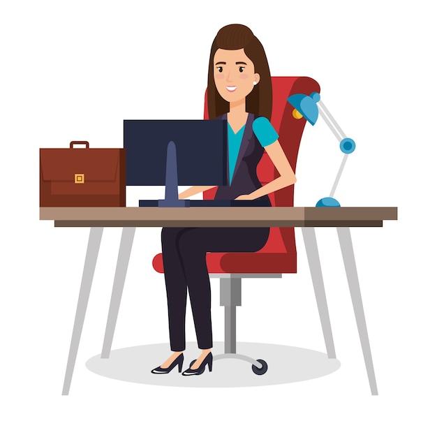 Zakenvrouw zitten op kantoor Premium Vector