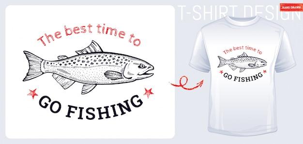Zalmvis t-shirt print ontwerp in hand getrokken schets stijl. vintage gegraveerde vis. Premium Vector