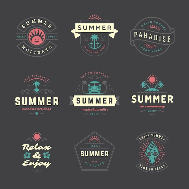 Zomervakantie labels en badges retro typografie set. Premium Vector