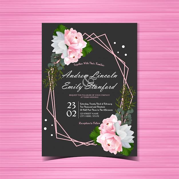 Zwarte bloemenhuwelijksuitnodiging met mooie roze pioen Premium Vector